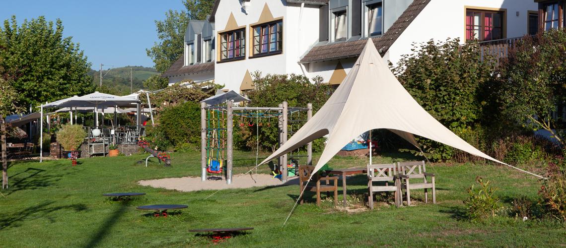 Weinhotel Klostermühle Spielplatz